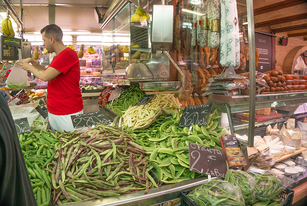 Bean stall at Valencia market