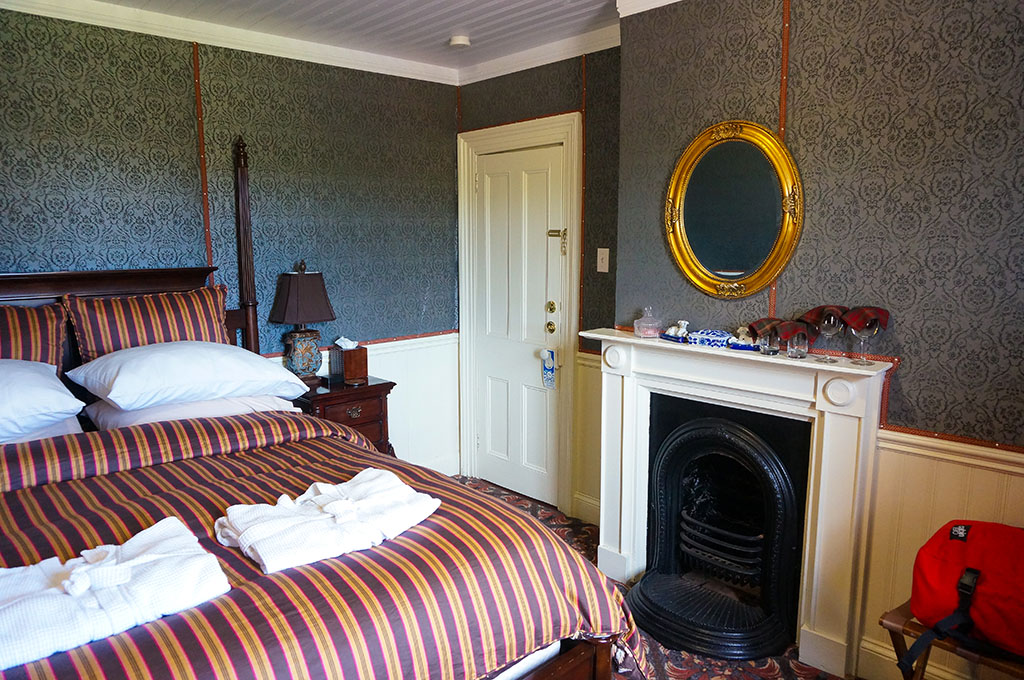 Thomas Room George House Heritage Bed and Breakfast