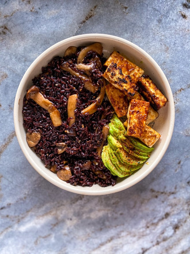 black rice bowl mushrooms