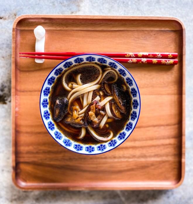 vegan udon noodle soup