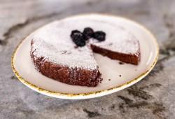 Gooey Swedish Chocolate Cake