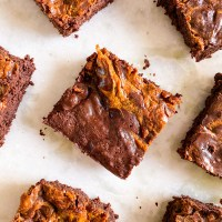 Eggless Brownies Recipe With Salted Caramel