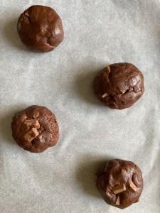 giant double chocolate chunk cookies recipe
