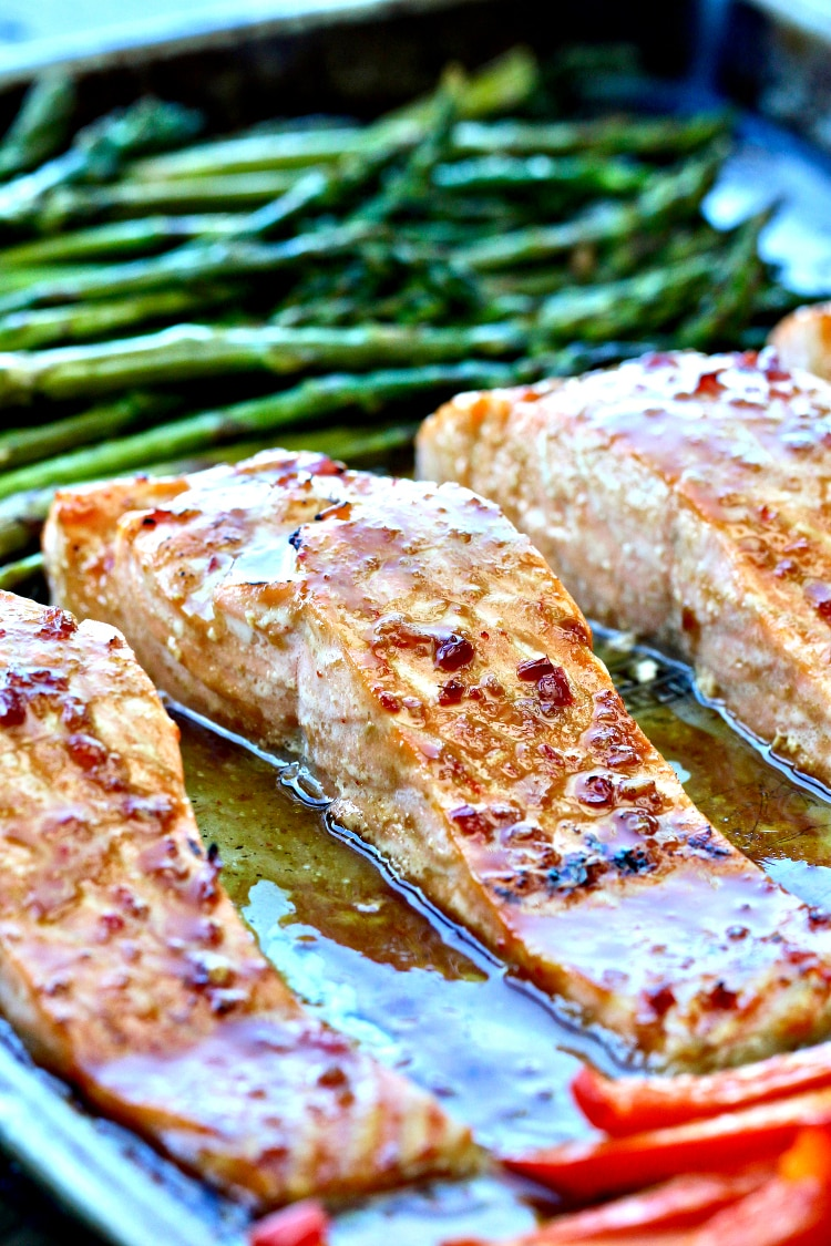 Sheet Pan Salmon with Sweet Chili Sauce | @foodiephysician