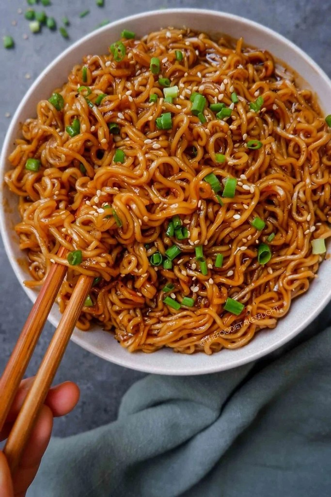 easy saucy ramen noodles (vegan recipe) - the foodie takes