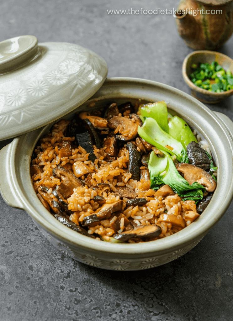 clay pot cooking recipes vegetarian Hong Kong-Style Vegan Clay Pot Rice - The Foodie Takes Flight