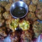 Methi-Ande Ke Pakode(Egg and Fenugreek Leaves Fritters)