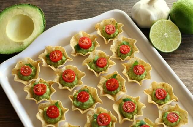 GLUTEN-FREE CHIP AND GUACAMOLE BITES