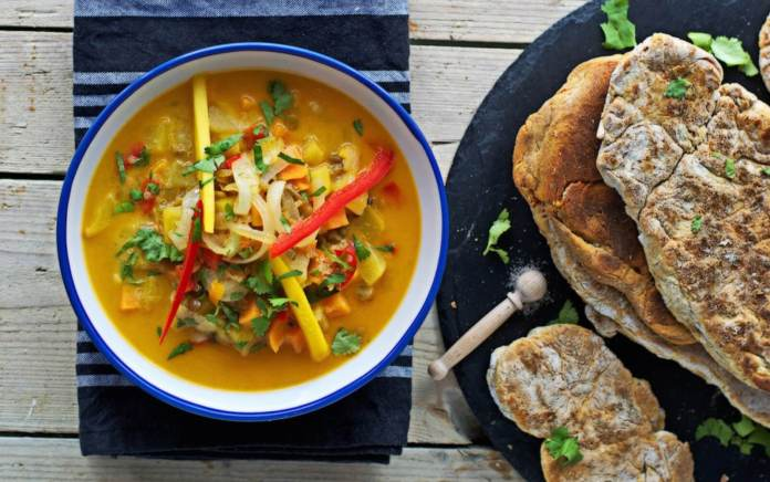 Coconut Mango Stew with Homemade Bread (1)