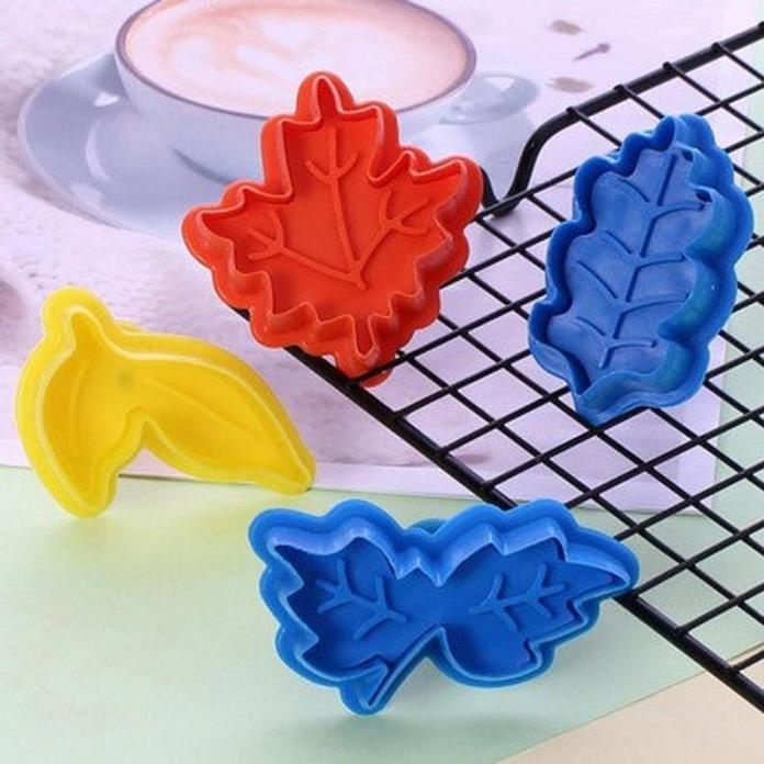 Cake Leaves Baking Pie Crust Cutters Mold Cookie Cutters