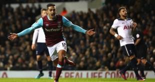 Manuel Lanzini celebrates scoring for West Ham against Tottenham