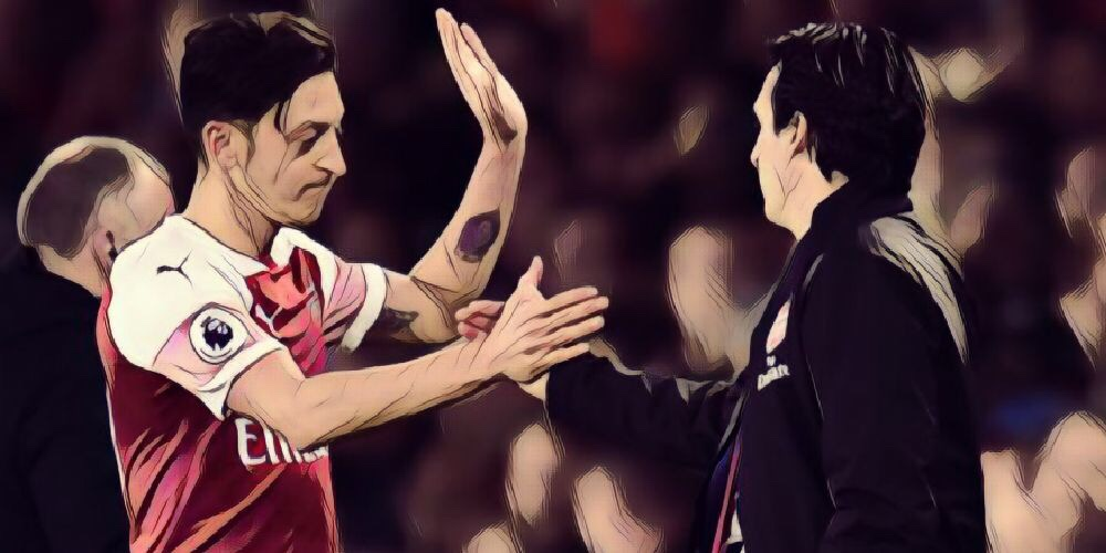Szczesny at a loss to explain Ozil's inconsistency at Arsenal