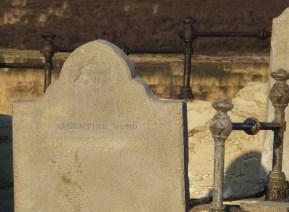 headstone of valentine bond