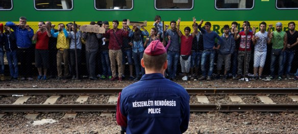 Refugees strike Hungary migration crisis