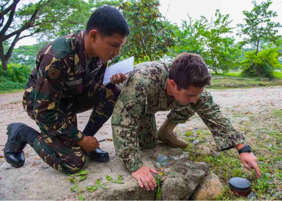IED training U.S. Navy and Armed Forces of the Philippines - The Foreign Analyst