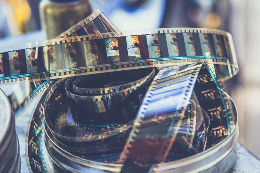 From high res scanning to photo proof books, custom color corrections, Super sharp prints and more! We can work with your 35mm and up Film sizes.