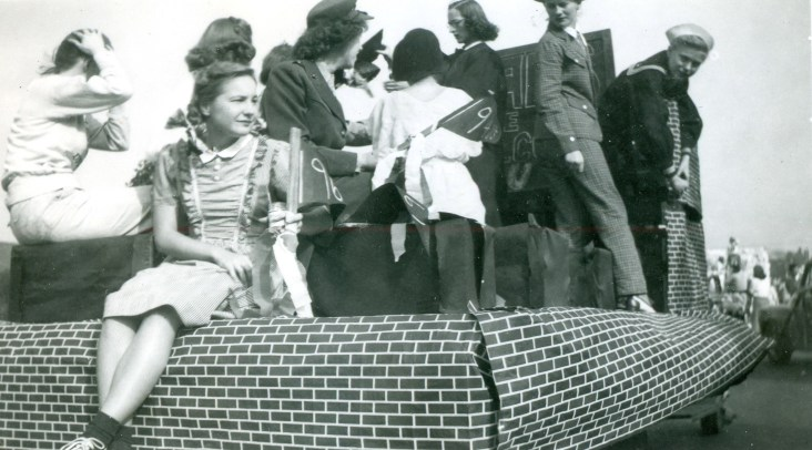 Homecoming Parade Oct. 1947 On Float before Parade