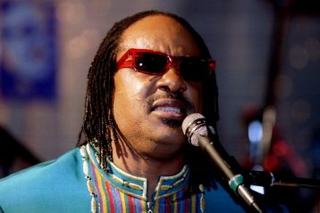 can stevie wonder see?