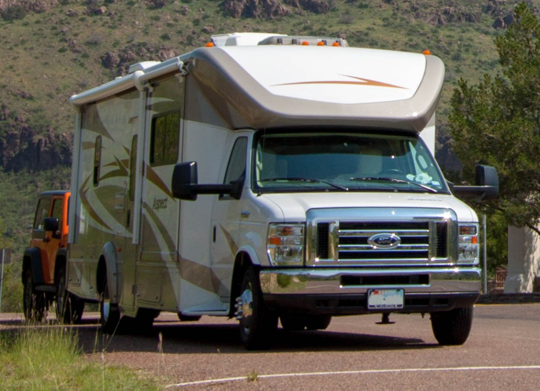 Winnebago Aspect 30C on Ford E-450 Gas Chassis