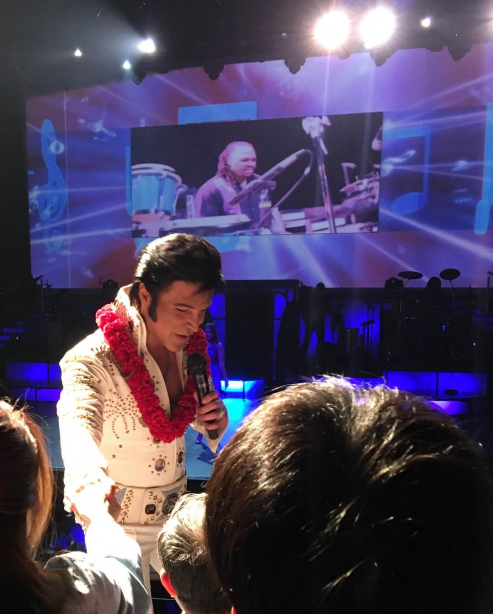 Elvis Impersonator - Rock a Hula Show at the Royal Hawaiian Center