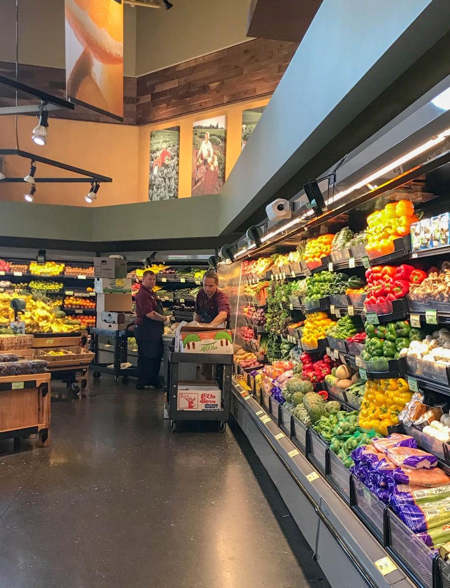 Market of Choice Bend Produce Isle