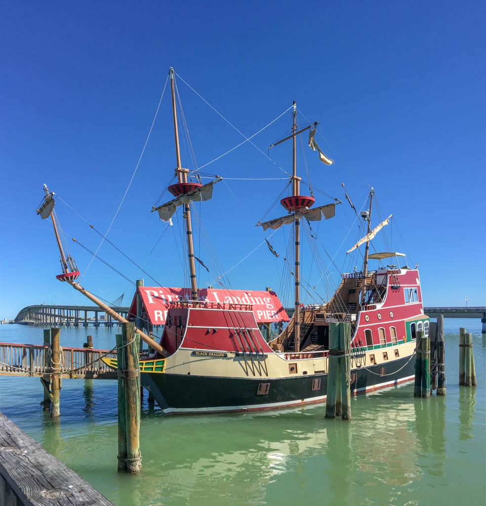 Pirates Landing Pirate Ship