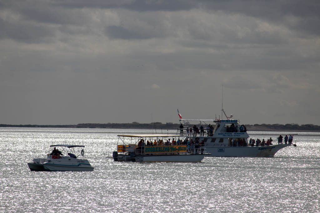 Tour/Charter Boats Dispersing