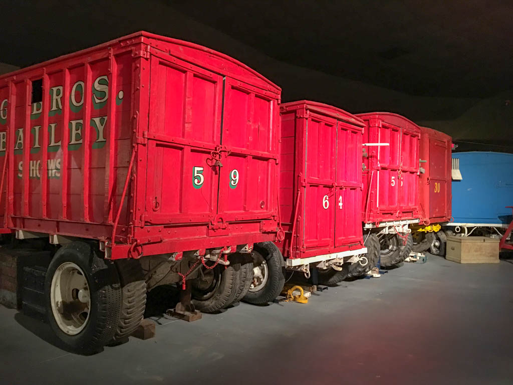Circus Transport