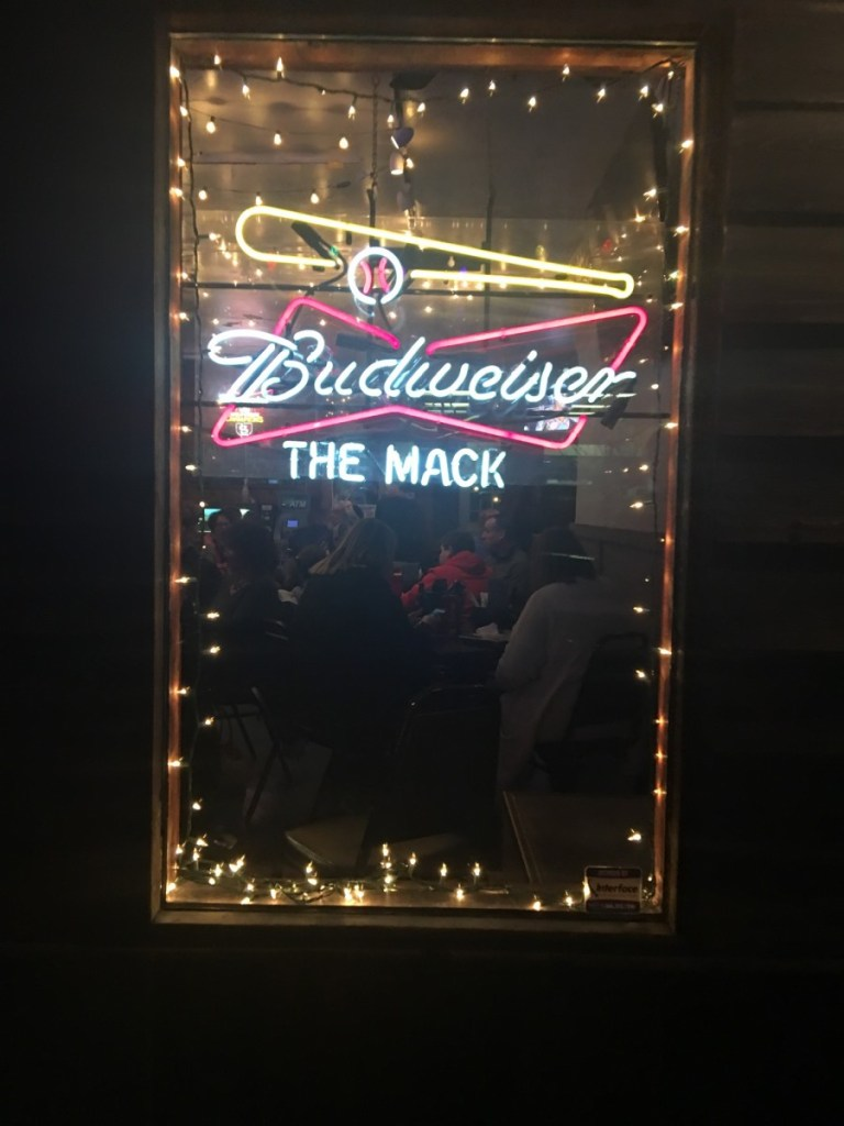 THE MACK Restaurant In St. Louis