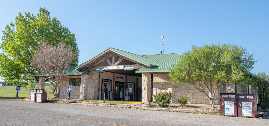Fossil Rim Wildlife Center Admissions Building