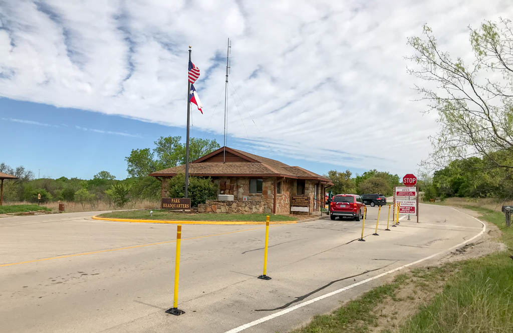 Lake Mineral Wells State Park and Trailway