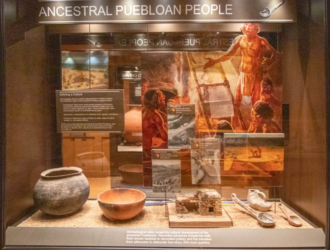 Tusayan Museum Display Case