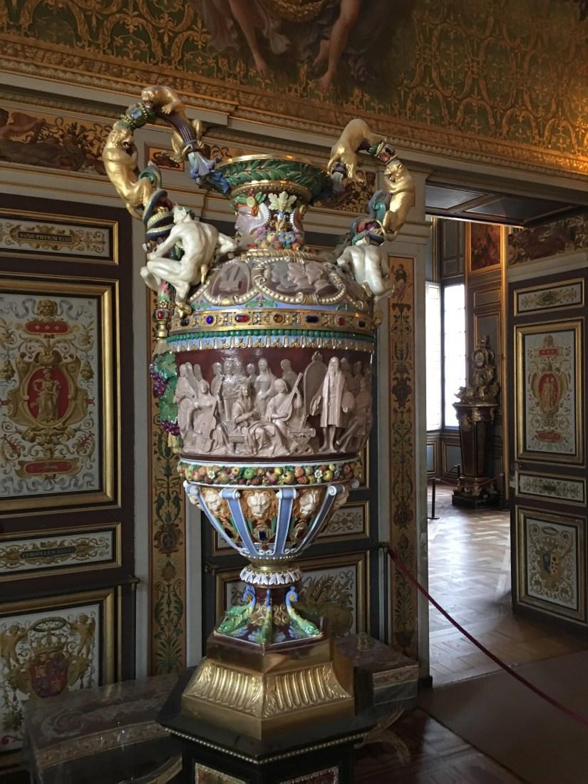 Renaissance vase in the Château de Fontainebleau.