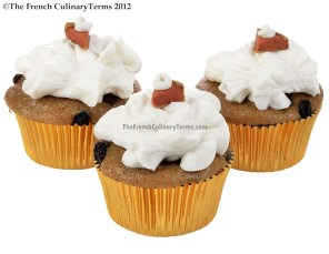 Spiced Sweet Potato Chocolate Raisin Cupcakes - Sugar and Spice Frosting Sweet Potato Pie Fondant Toppers