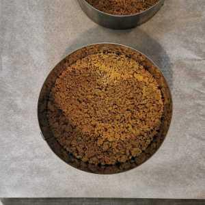 base croustillante de streuzel pistache