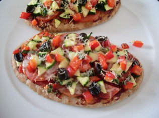 Pitta Bread Pizza_9