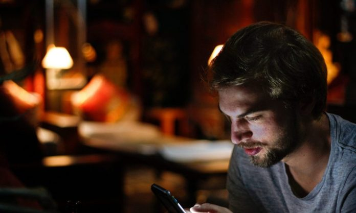 There are psychological benefits to texting versus talking, even with people you live with