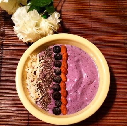 Blueberry Lavender Smoothie Bowl