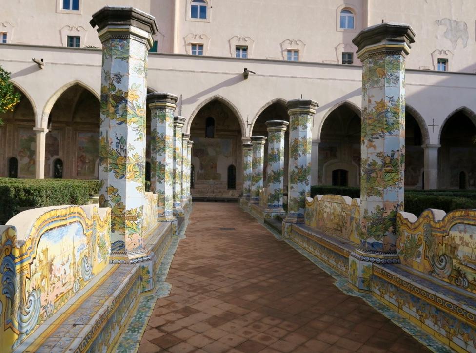 Complesso -di-Santa-Chiara-Napoli-Thefrilly-Diaries