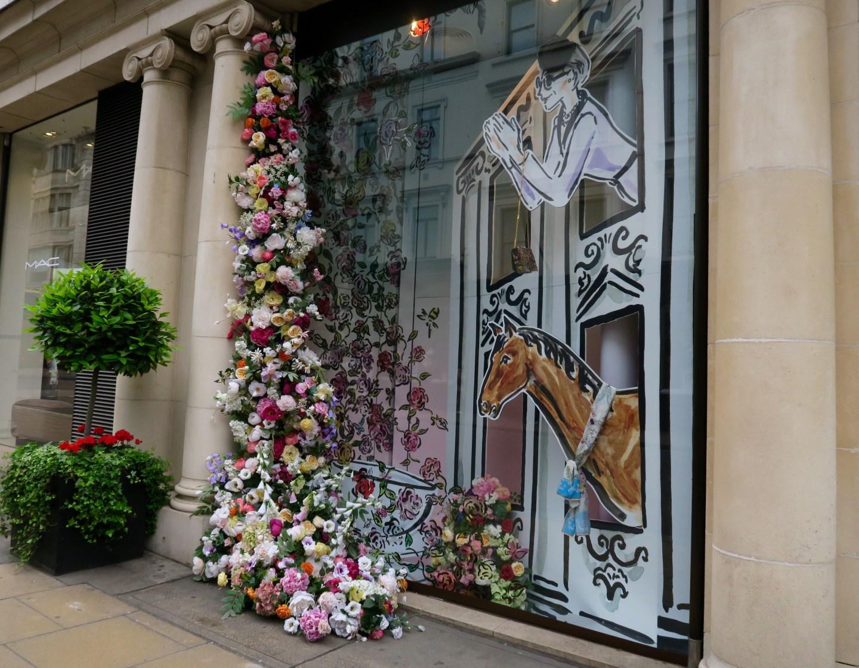Fenwick Bond Street London vetrina dettaglio -shopping-londinese