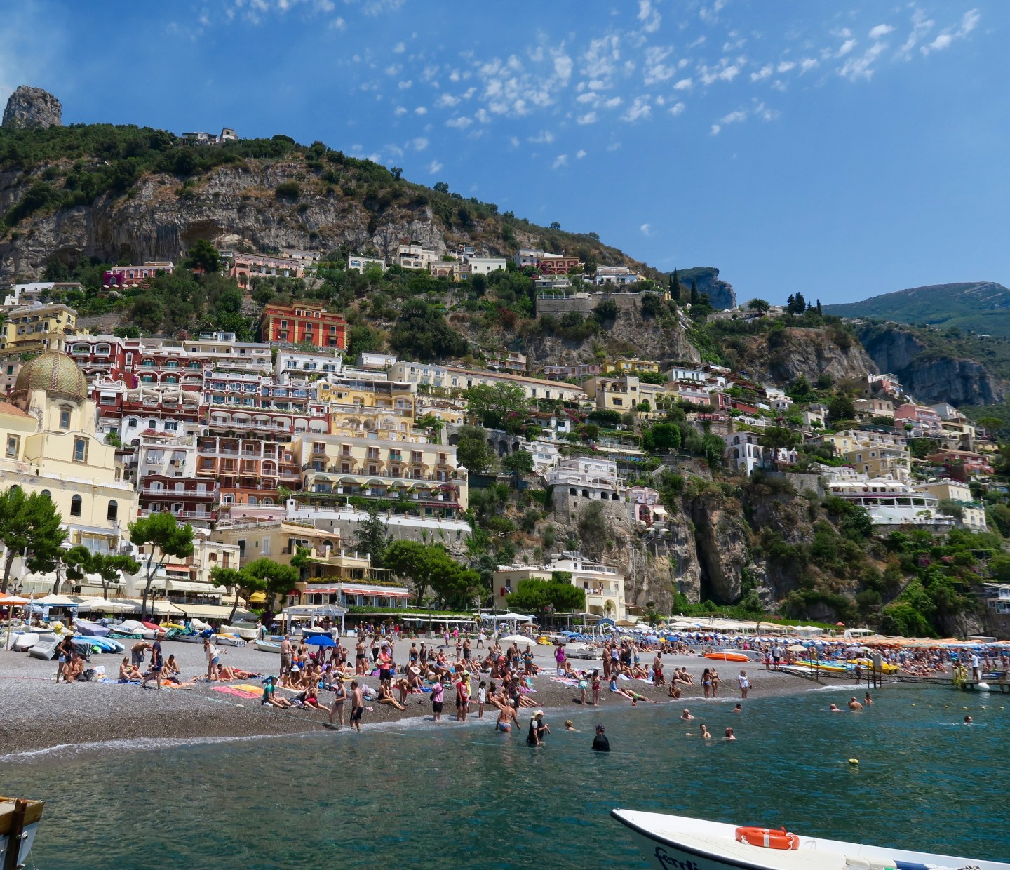 The-Frilly-Diaries-view-of-Positano. Costiera-Amalfitana-on-the-road