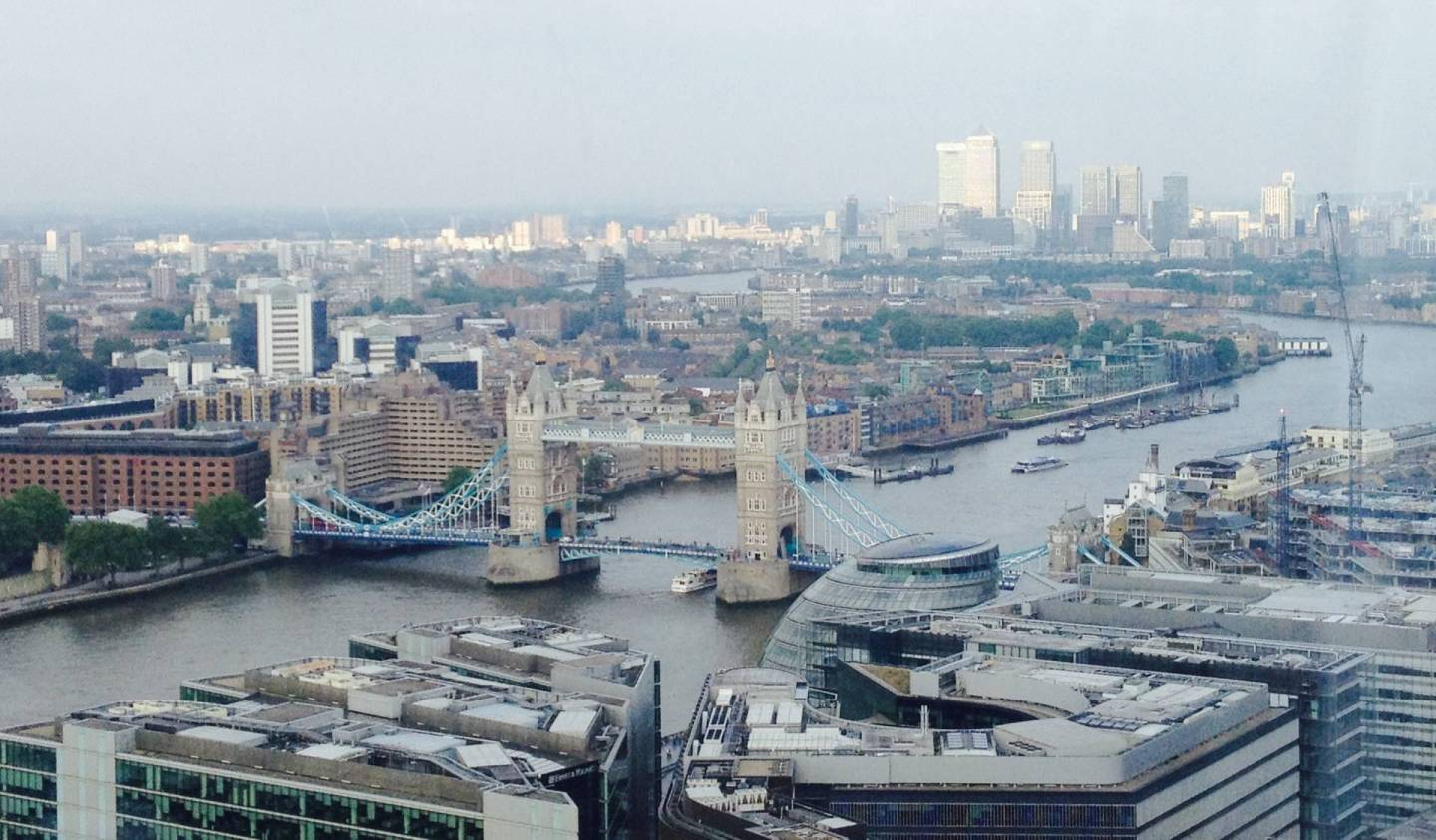 Vista-del-Tower-Bridge-a-Londra- dallo-Shard-un-italiana-a-Londra