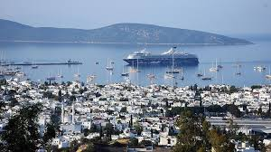 Bodrum town on Aegean shore attracts tourists