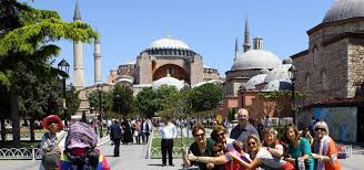 Turkey's tourism income increases in second quarter