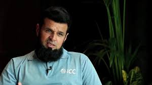 Aleem Dar donates $10,000 to dams' fund