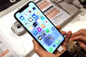 Apple stops production of iPhone XR after lacklustre response
