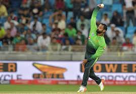 Hafeez's bowling action draws scrutiny again