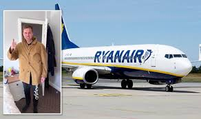 Passenger cheats new hand luggage policy of Ryanair
