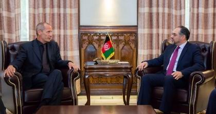 FM meets ICRC head of team for Afghanistan