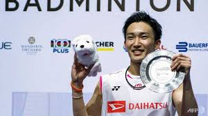 Momota prevents Ginting smash and grab to win